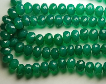 8 Inch Long Strand,Superb-EMERALD GREEN ONYX Faceted Rondelles,9mm size,