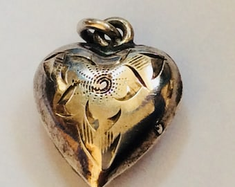 Puffy heart vintage sterling silver charm #422