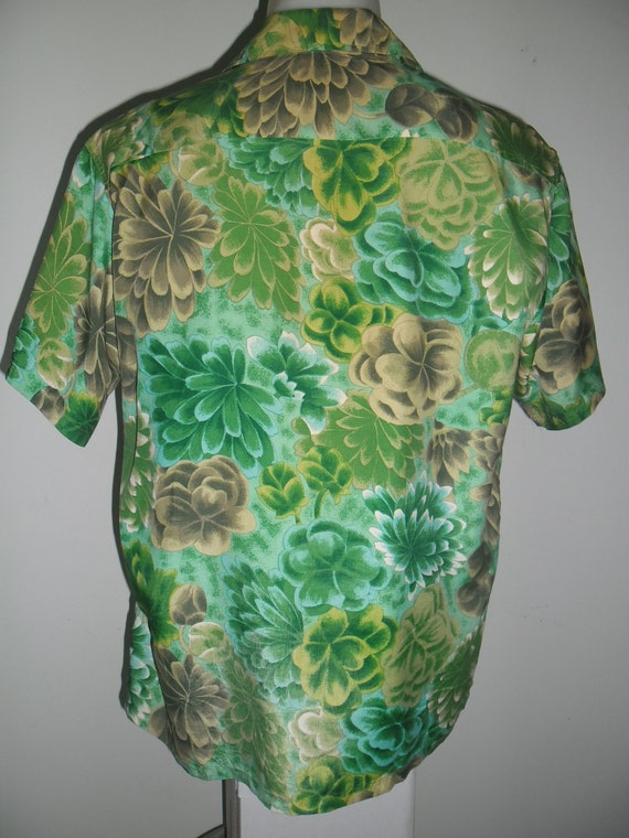 Vintage 50's Fantastic KALA KAI Hawaiian shirt , Print Pattern Full Flowers ,Made in Japan ,Size L , Excellent Condition