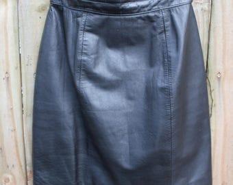 VINTAGE leather skirt - fully lined - Byrnes & Baker size 8