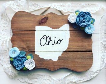 Wood Plank Ohio Love Felt Flowers Home Decor Wall Hanging