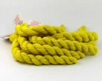 Embroidery yarn, hand-dyed with natural dyes, wool, silk, cashmere thread, embroidery floss, 20m, QUEEN ANNES LACE, yellow, color 221