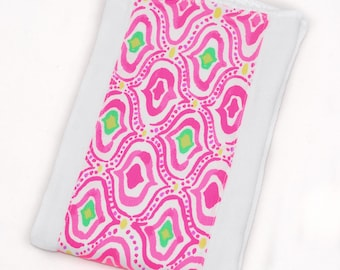 Lilly Pulitzer Burp Cloth - Lilly Pulitzer Come Out of Your Shell Border Burp Cloth - Ready to Ship