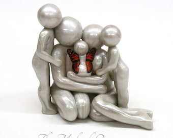Family of 5 Baby Memorial Sculpture - little sister/brother in heaven - custom family of 5 with angel baby and two siblings - made to order