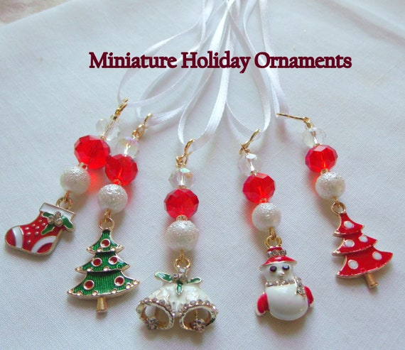 Mini Christmas ornaments - Set of 5 - miniature tree decor - country and cottage gift - housewarming - small wreath decor - Holiday gift set