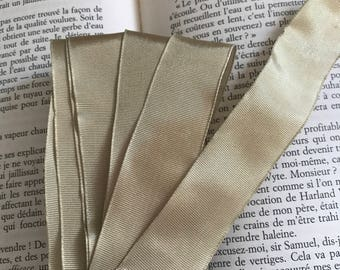 Gold moire Ribbon