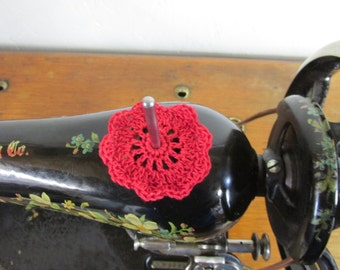 "FLAT Spool Pin Doily (2.0"") - RED"