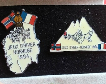 Lot 2 pins vintage 1994 ,winter games Norway France . with custody