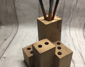Oak wood pen holder