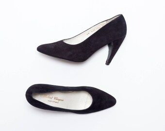 Robert Clergerie • Vintage Shoes • Classic Pumps w/ Claw Curved Heel in Black Suede •  Modern Vintage • Made in France • Size 8.5