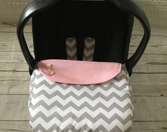 baby car seat apron harness strap covers  grey white chevrons cotton fabric pink  fleece universal fit handmade satin bow zig zags blanket