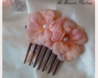 Flower hair comb set with white pearls
