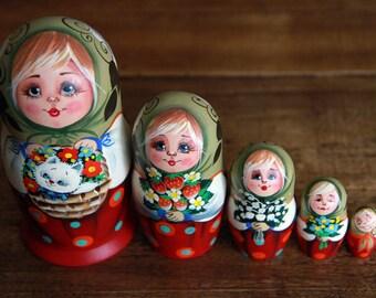 Russian Nesting dolls MATRYOSHKA hand made new