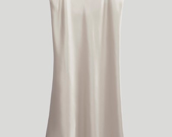 Elizabeth Long Slip - Classic Collection