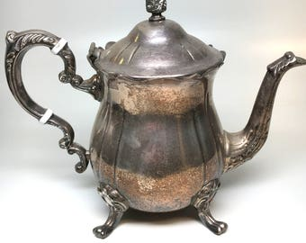 Leonard Vintage Silver Plated Teapot with Detailed Handle, Footing, and Lid