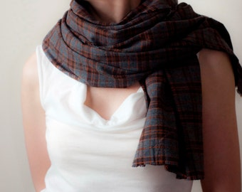 Oversized Classic Scarf Cotton Plaid Tartan Scarf Raw Edge Fringe Scarf Gray Orange Tartan Shawl Fall Winter Womens Mens Fashion Accessories
