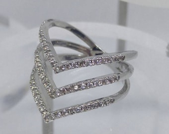 3 row point ring