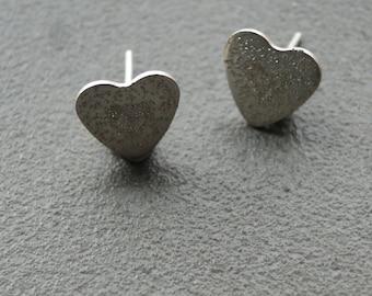 Small Hearts Sparkle Earrings