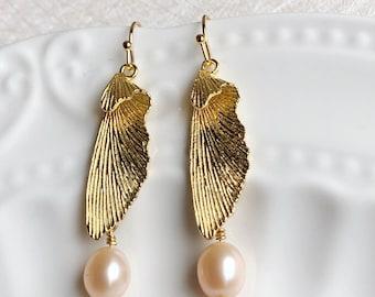 Golden Wings Natural  pink pearl Earrings,Wedding Jewelry ,Bridal Earrings,Simplicity and Elegant