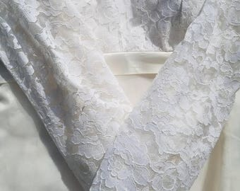 Gorgeous Forever Yours vintage wedding dress
