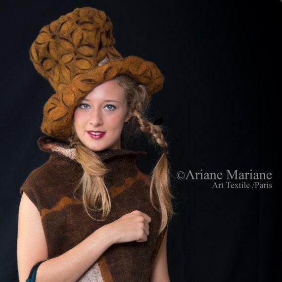 Alice Wonderland Hat  - Stylish Designer Hat Paris - Felt Wool Hat -  Eccentric Headpiece - Millinery Green Fashion - Handmade in France