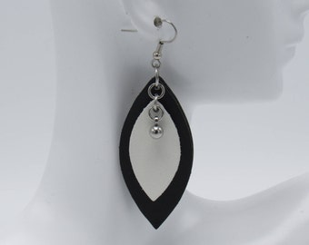 Leather Petal Earrings (Medium)