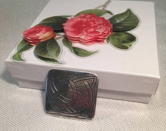 Retro Sterling Silver Celtic Knot Design Pin BROOCH