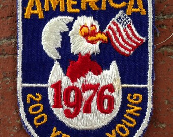 1976 American - 200 years Young Vintage Novelty Patch by Voyager