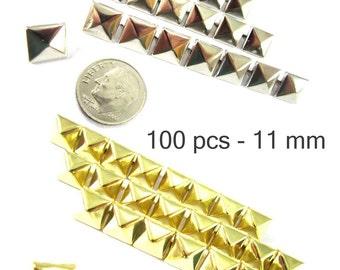 100 pièces - 7/16 po (11 mm). Nailheads taches Pyramid Studs - 2 broches (2 cuisses) Square Stud Spike - pour le bricolage sac, chaussures, sur la mode des vêtements