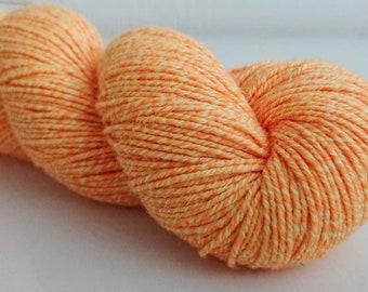 "45/22/22/11% wool/cotton/nylon/silk 8-ply ""Screamer"""
