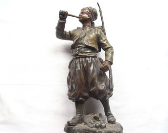 Ruffony - La charge by Ruffony - Soldier Calamine Sculpture - Made in France - 19th Century - Large Vintage Lovely Figurine - Signed on back