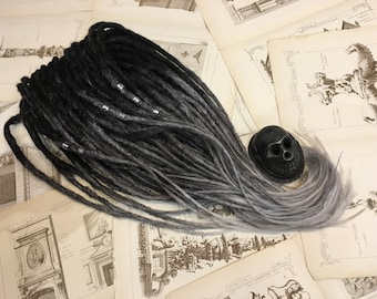Set MONOCHROME synthetic dreadlocks. Black to dark grey to grey ombre dreads.