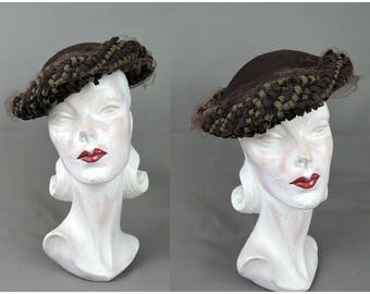 Vintage Hat 1940s Brown & Green Felt with Loops, New York Creation, 23 inch head