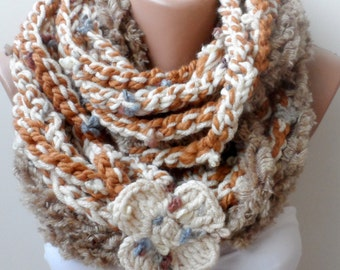 Chain infinity scarf in cream caramel, Neck warmers, Wool cowl scarf, fashion, Crochet Loop scarf / Chunky scarf, Circle, Colourful, gifts