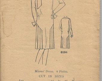 1920s Flapper Dress Art Deco Dress Sewing Pattern Pleats Ladies Home Journal 6184 Unused FF Size 14 Bust 32 Women's Vintage Sewing Pattern