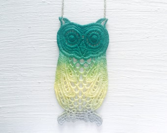 Ombre Owl Lace Necklace