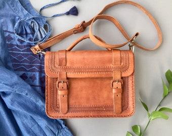 Brown leather handbags Leather bags for women Mens leather bag Leather handbags Real leather bag Genuine leather handbag Messenger bag