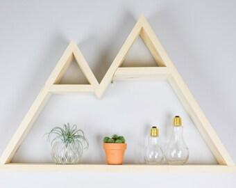 Peak Mountain shelf