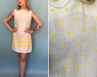 Small 1960s white polka dot Peter Pan collar shift dress