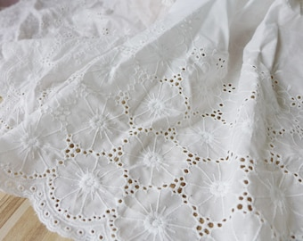 Cotton Eyelet Lace Off-white Circle Lace Trim for Bridal Dress, Cuffs, Home Decor