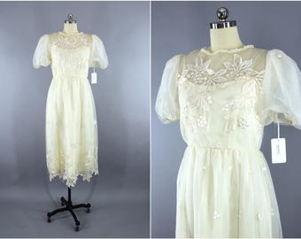 Vintage 1980s Lace Dress / 80s Chiffon Dress / Ivory Embroidered Party Dress / Lace Illusion / Courthouse Destination Wedding