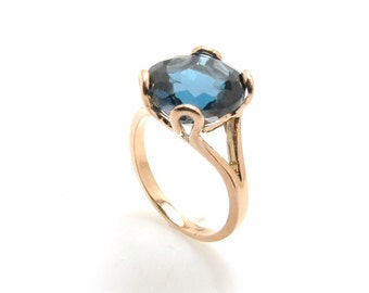 London Blue Topaz Ring .