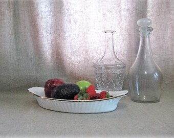 Vintage Andrea by Sadek Au Gratin Dish / White & Gold Oven To Table Cookware Au Gratin Dish / Vintage Casserole Dish