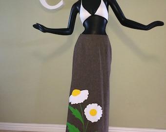 Vintage 70s Hippie Boho Maxi Skirt Daisy Daisies Flower Appliqué 1970s MOD Wrap Around Brown Green Yellow Gingham Check Lining Small Medium