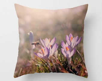 Throw Pillow Cover Spring Bee Purple Lavender Crocus Flower Floral Shabby Chic Cottage Photo Case Home Bed Couch Bedroom Decor