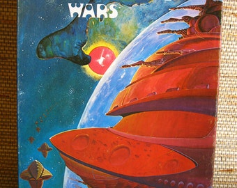 Amoeba Wars Game Box with game pieces from The Avalon Hill Game Co.