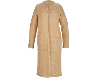 Long camel cardigan in wool, with patch pockets