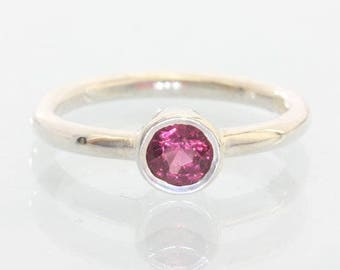 Red Purple Spinel Handmade Silver Ladies Stackable Solitaire Ring size 6.25