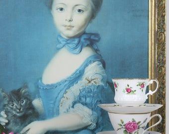 Elizabethan Staffordshire Fine Bone China Teacup with saucer