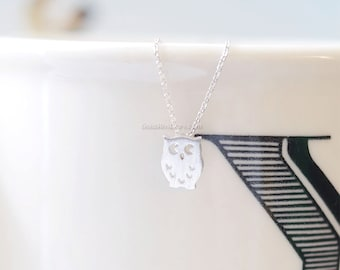 tiny Silver owl necklace, tiny owl necklace silver, simple necklace, dainty, cute, animal necklace, necklace for women, birthday gift.